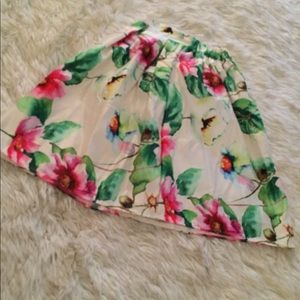 Dresses & Skirts - Flower Skirt (Never Worn)